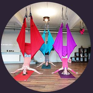 ÜberGlücklich - Ausbildung Aerial Yin Yoga