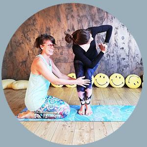 ÜberGlücklich - Online Yoga Ausbildung Hatha Yoga